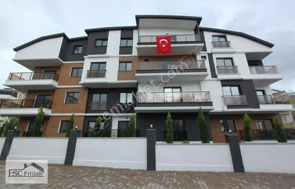 Cumhuriyet Mahallesinde Süper Lüx 1+1 Daire