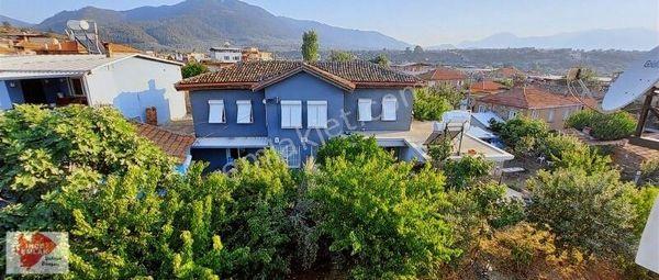 Kemalpaşa Armutlu'da 546m2 bahçe içinde dublex ev