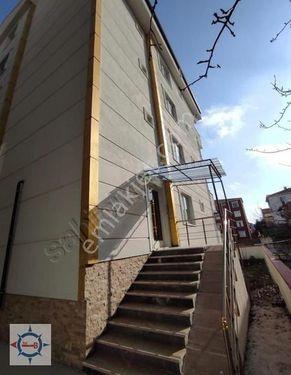 Pınar mahallesinde ara kat 60 M2 1+1
