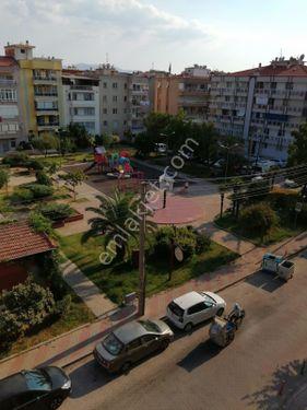 Aris ten Karşıyaka Girne Cad.Çift Cepheli Önü Açık Satılık Daire