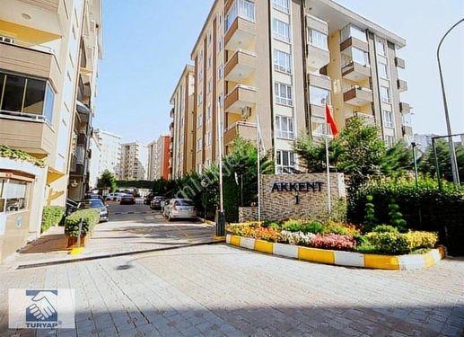 Çekmeköy metro yanı ekşioğlu akkent 1 sitesi satılık 3+1 daire