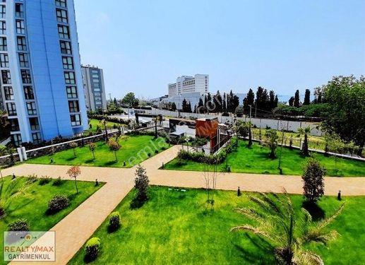İstanbul Pendik Marina'da Deniz Manzaralı Lüx Daire ...!!