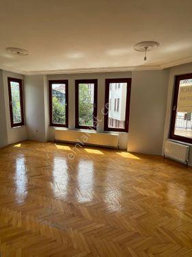 sarıyer  ptt evleri site içinde 3+1 kiralık daire