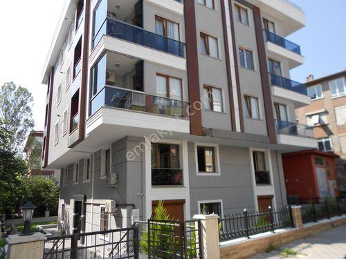 EROL EMLAK'TAN 3 YILLIK BİNA DA 2+1 90 m2