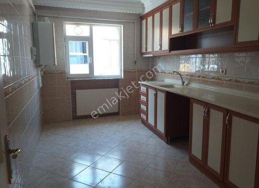 İstanbul bahçelievler şirin evlerde 3+1 140 MT daire