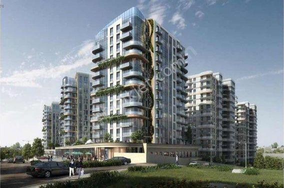 İstanbul House'dan,Bahçelievler Nef'te A'blok 'ta 4.5+1 230 m2