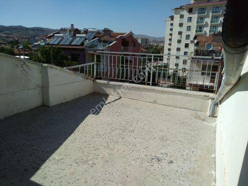 kiralık çatı katı başkent hastanesi arkasında