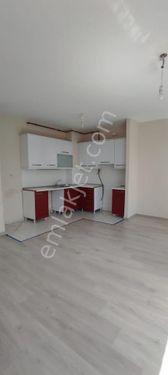 Kayaşehir 19.Bölge 64 m2 1+1 Kelepir Satılık Daire