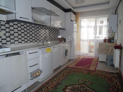 Saray Fatih mahallesinde 3+1 120 m2 1.kotta kat konumun da daire