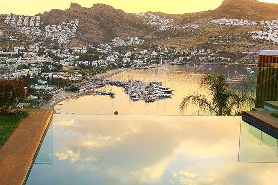 Gündoğan  Zen Villalarında Güzel Konumda Satılık Villa