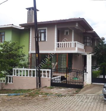 Silivri Çanta Kınalı Mevkiinde Müstakil Kiralık Villa