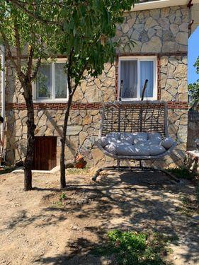 Ahmetçe Köyünde Kiralık Tek katlı Bahçeli Köy Evi