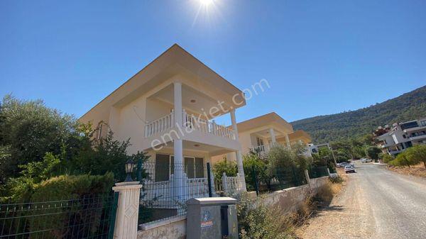 Didim Akbükte satılık 3+1 müstakil villa