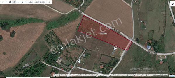 Arnavutköy Tayakadın,da Satılık Arsa 358 M2 Caddeye Yakın Hisseli