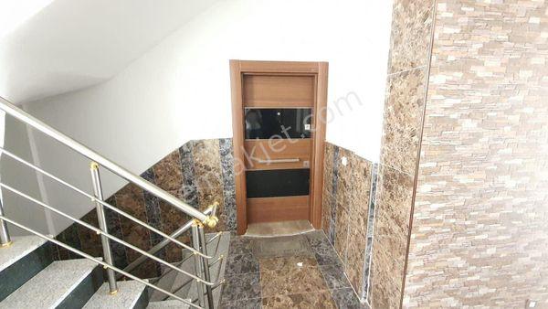 Efeler Mahallesi Yeni Bina 3+1 Ayrı Mutfak 90 m2 Bahçe Dubleksi