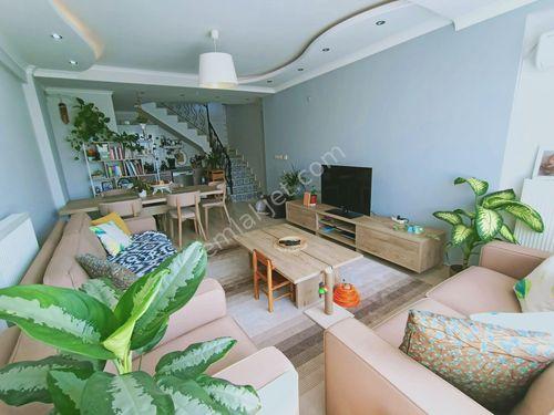 Barbaros Mh. Atam Kreş Karşısı 3+2 170 m² Satılık Ferah Dubleks