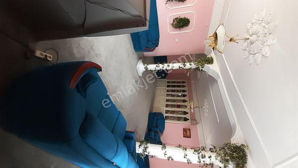 Sahibinden Gez Cami üzerinde bayan öğrenciye uygun eşyalı kiralık daire