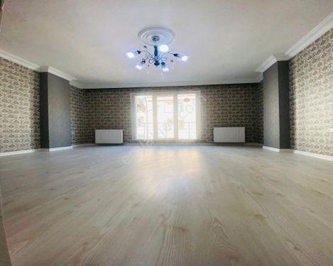 Beautiful Luxurious & Brand New Apartment For Sale in Beylikduzu